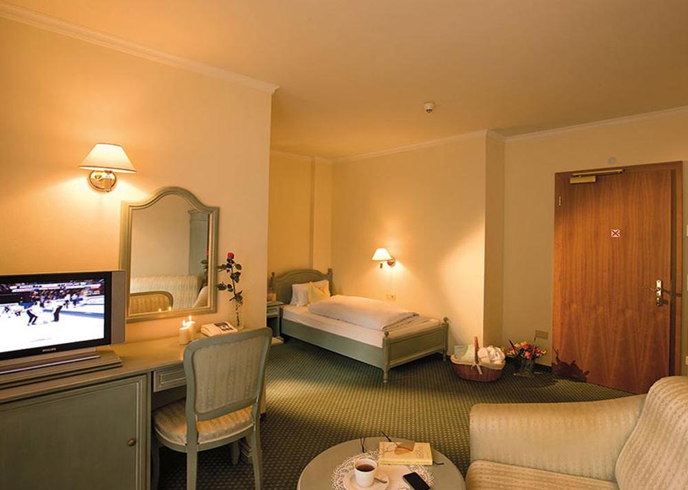 Landhaus-Hotel-Kristall8