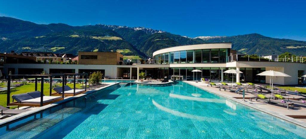 Hotel prokulus urlaub s dtirol for Modernes familienhotel
