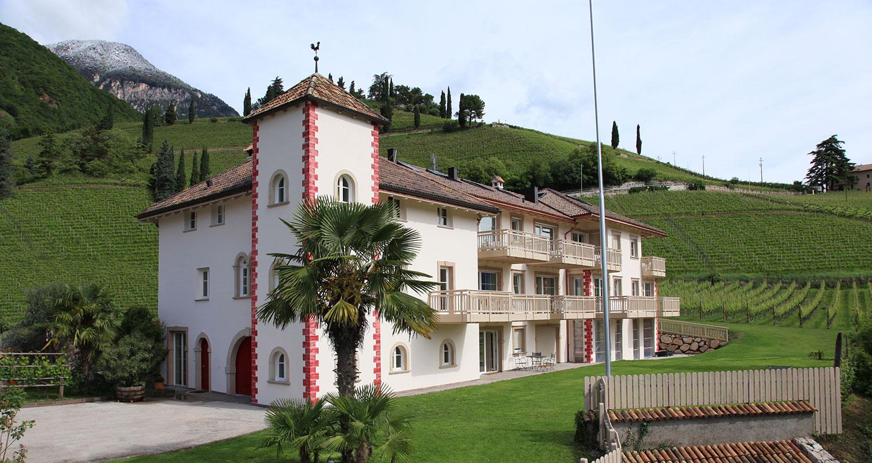 """Appartements Ansitz """"Überbacherhof"""""""